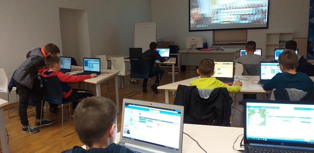 Prvi programerski koraci u STEM CENTRU